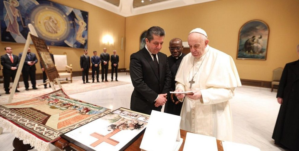 Prime Minister Masrour Barzani meets Pope Francis at the Vatican