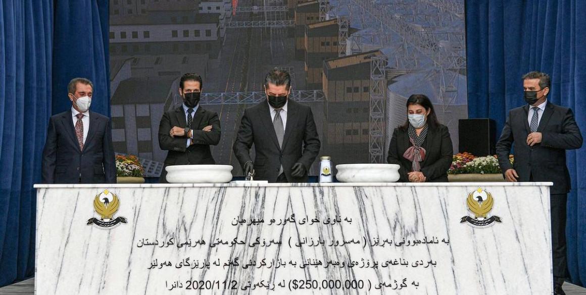 Premierminister Barzani legt den Grundstein für ein Landwirtschaftsprojekt in Erbil