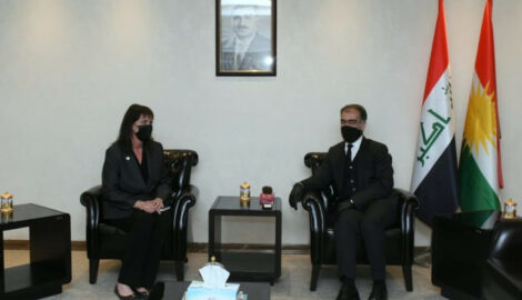 Minister Dizayee meets USCIRF Vice-Chair