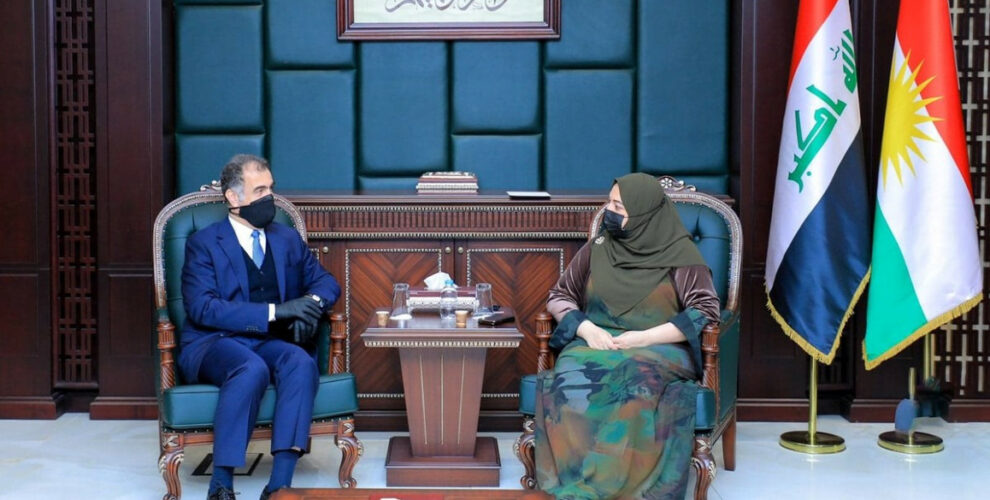 Leiter des DFR Minister Diyazee trifft Parlamentssprecherin Rewaz Faiq